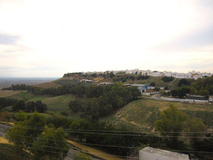 台地に作られたコルドバの町