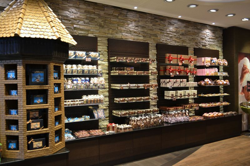 スイスチョコレートの老舗!ルツェルン「バッハマン」
