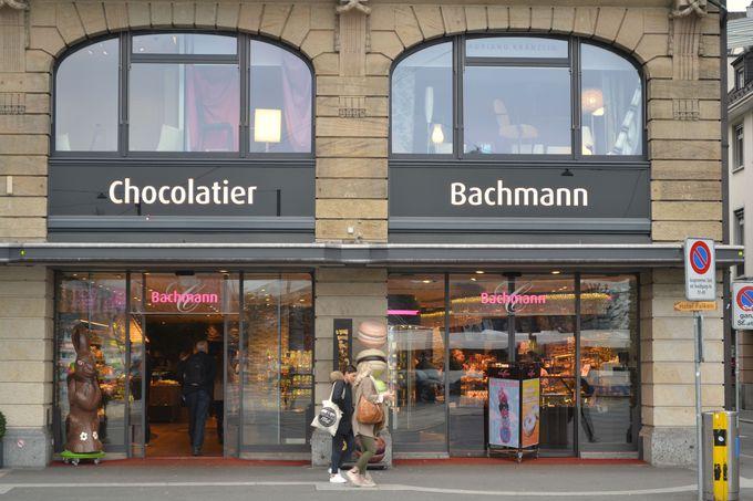 ルツェルン中心部、シュヴァーネン広場の店舗がオススメ!