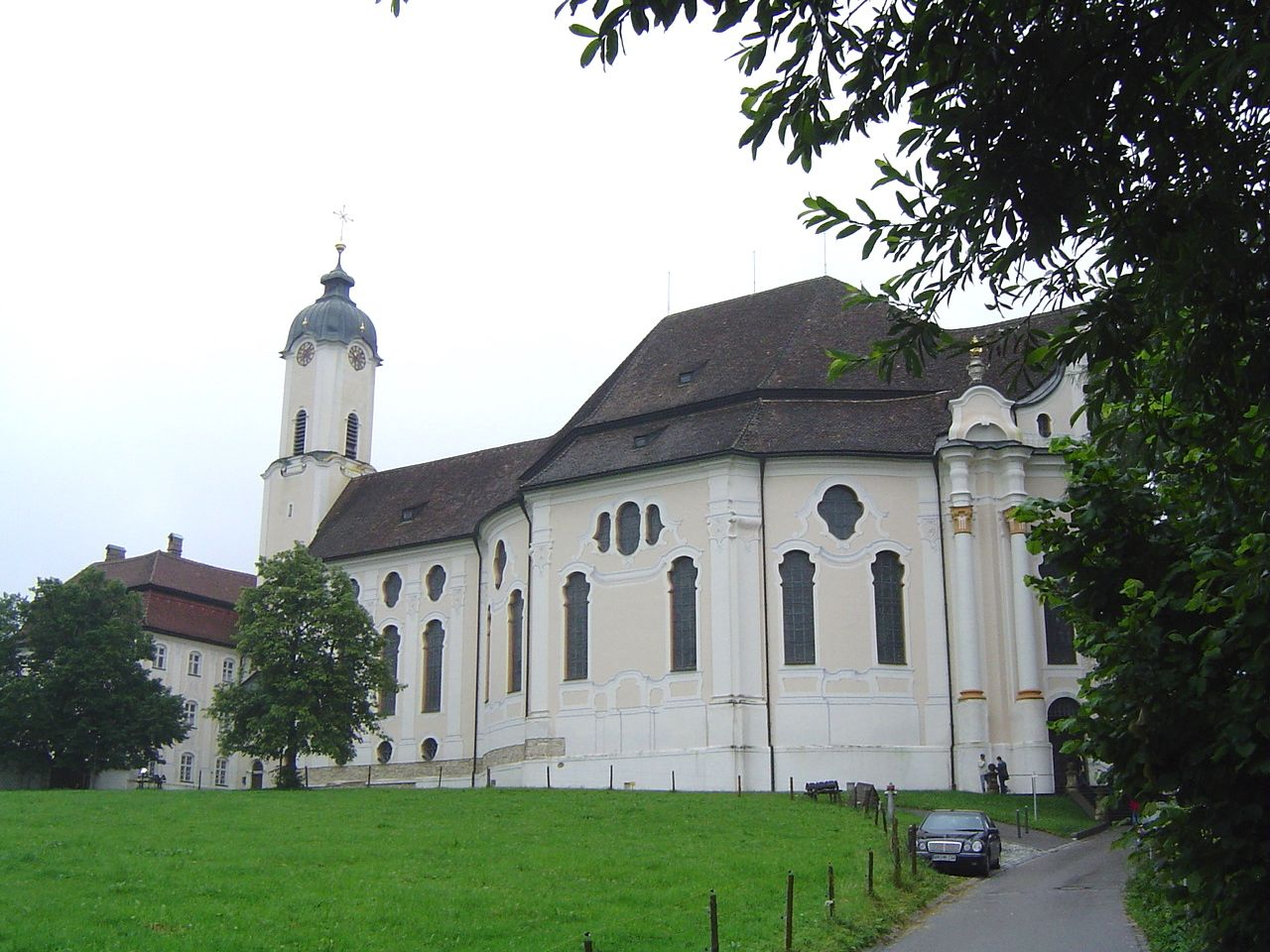 ヨーロッパ随一のロココ装飾!ドイツ「ヴィースの巡礼教会」