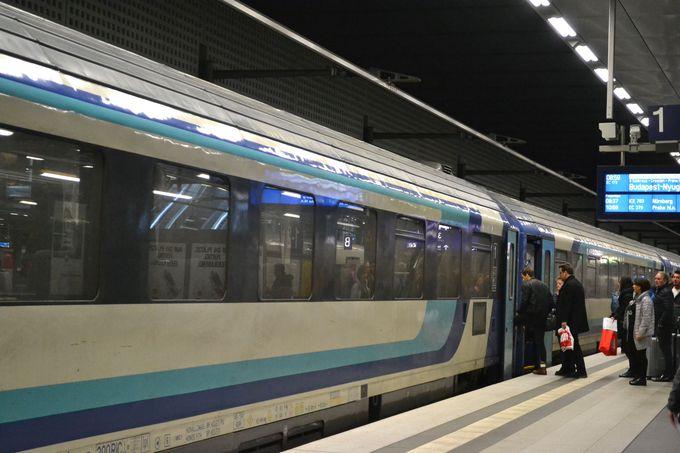 ベルリンから列車でドレスデンへ向かう