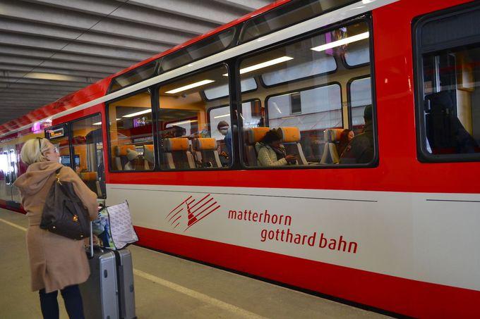 電車でのアクセスとはひと味違うレンタカーの旅