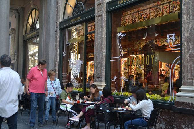 欧州最古の美しいショッピングアーケード「ギャルリー・サンチュベール」