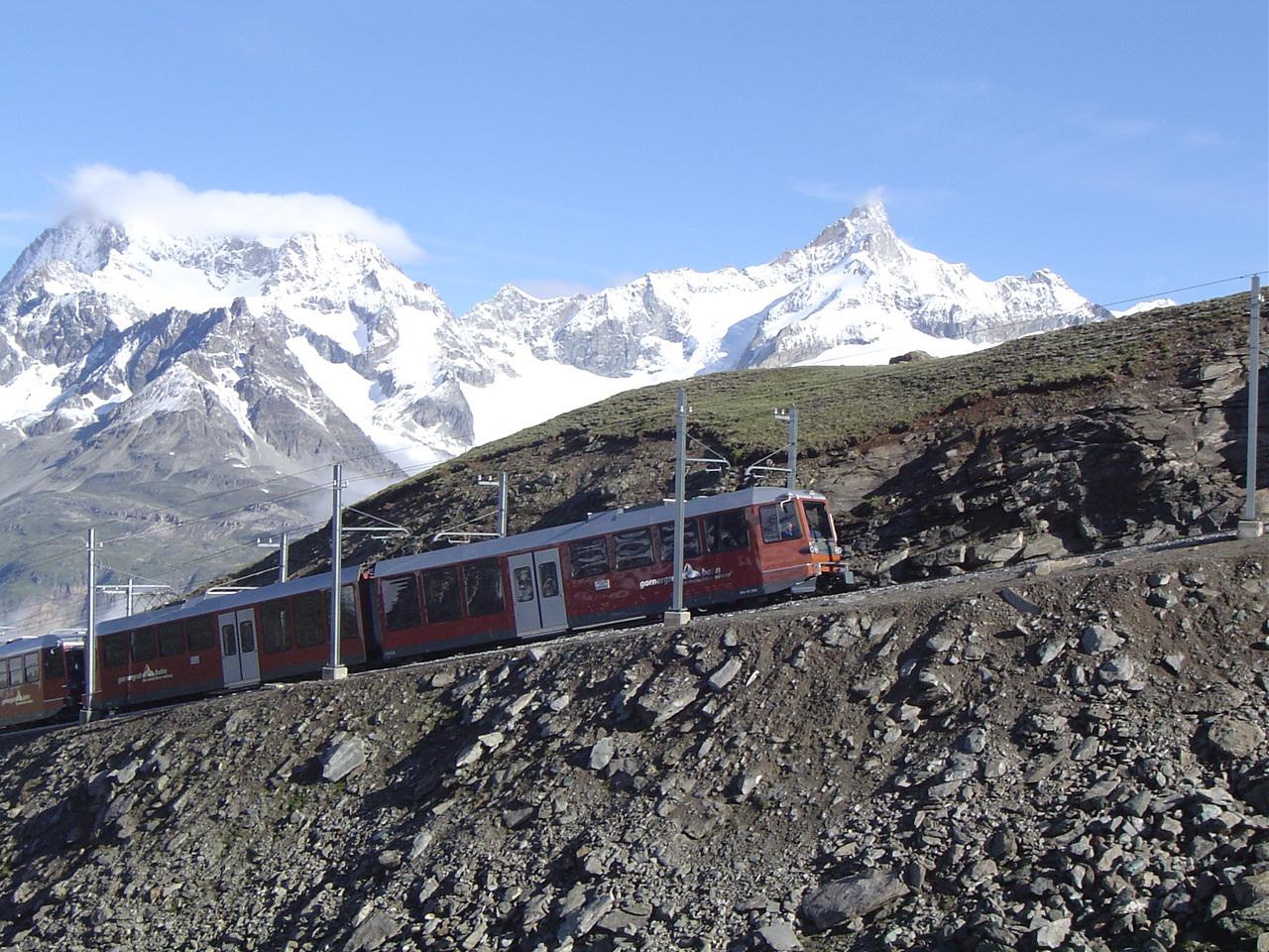 ツェルマットから登山鉄道でゴルナーグラード展望台へ