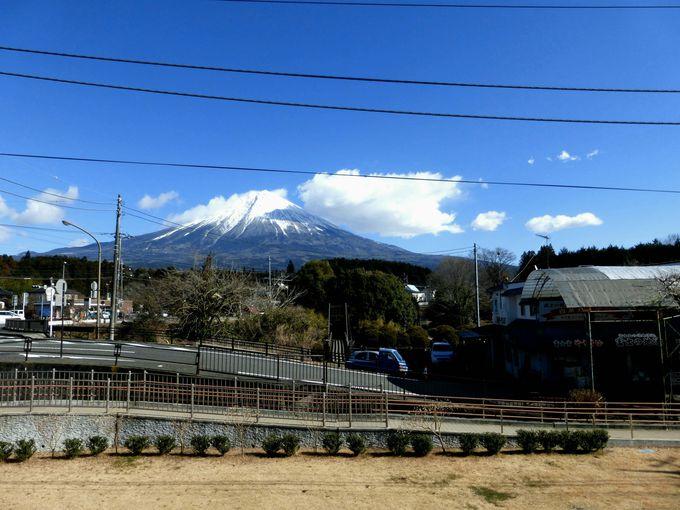 白糸の滝へのアクセス方法と絶景富士山ビュー!