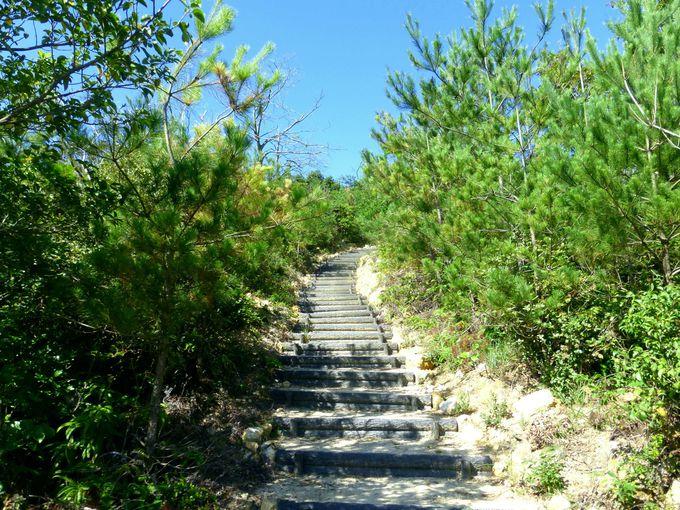 かぶと山展望台へは麓から歩いてアクセス!