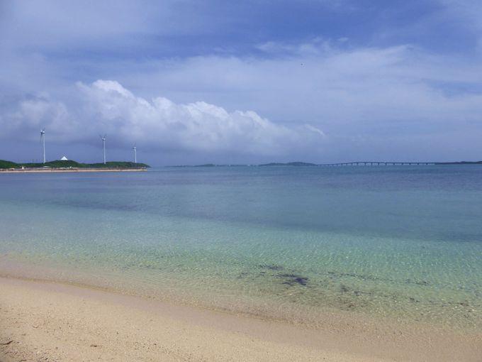 池間大橋の美しいアーチを望むビーチ!西の浜ビーチ