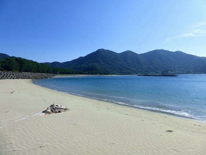 里港から徒歩でも行ける上甑島の砂浜!西の浜海水浴場