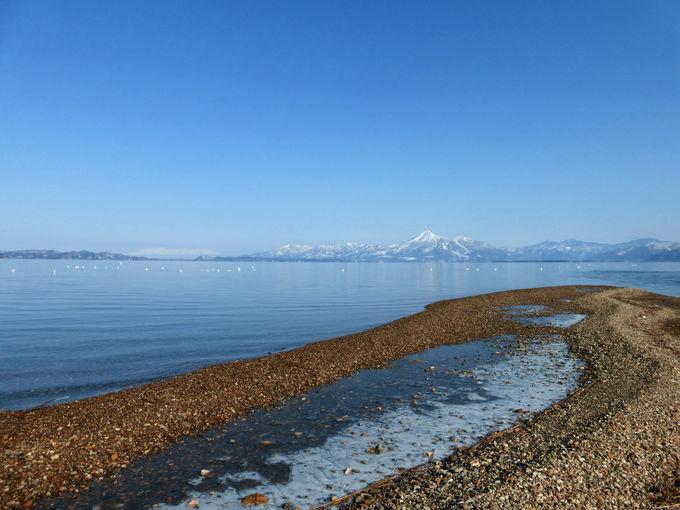 美しき冬の磐梯山を正面に捉える絶景スポット!舟津浜