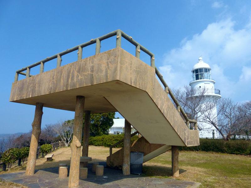 長崎の市街地から車で1時間!気軽に楽しめる「樺島灯台公園」の絶景