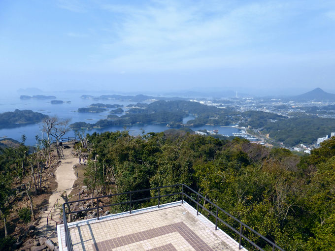 これが世界のハリウッドに登場した景色だ!「石岳展望台」