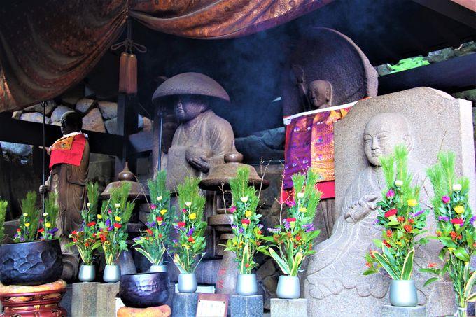 金運・恋愛運アップも!夫婦和合、子宝にもご利益!「宝山寺」は強力なパワースポット