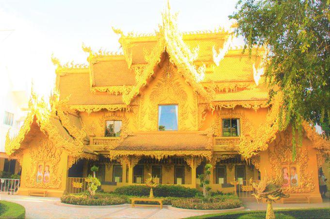 生と死、輪廻と苦界浄土!タイの純白寺院「ワットロンクン」の凄まじさ、美しさ