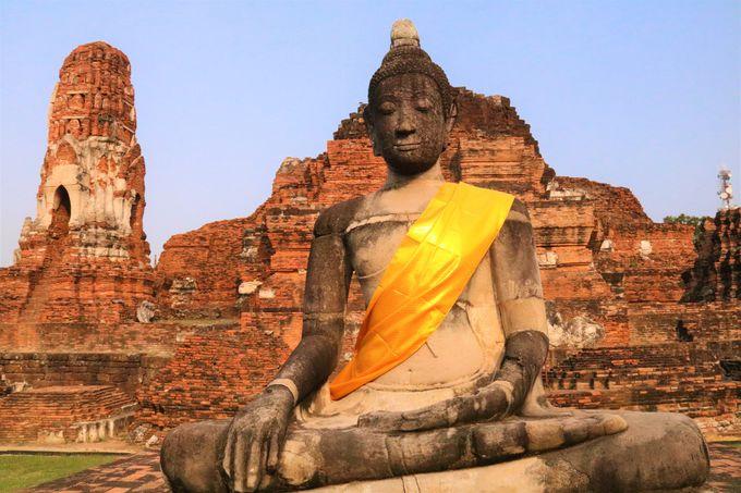 黄金に輝いていた仏塔!アユタヤ朝初期の寺院「ワット・マハタート」