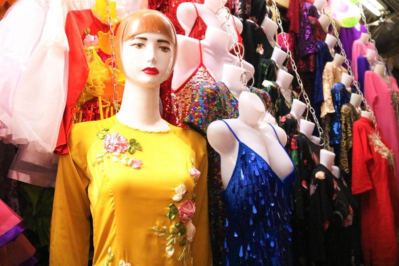 ベトナム土産が安い!ハノイのドンスアン市場でプチプラ観光旅行