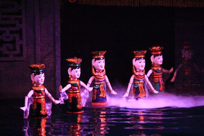 ノスタルジックなメロディー!飽きることなく楽しめる「タンロン水上人形劇場」