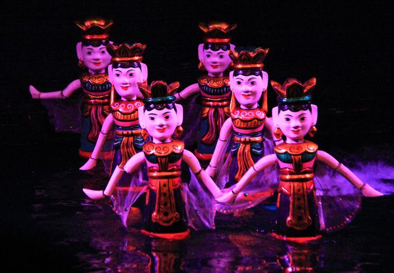 ハノイ観光おすすめ!「タンロン水上人形劇場」の楽しみ方