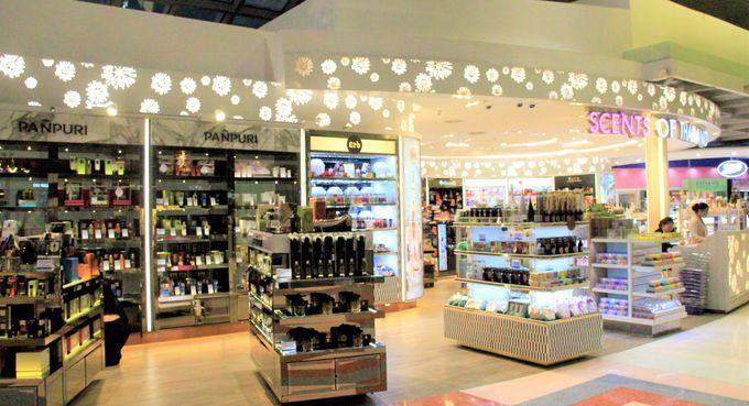 スワンナプーム国際空港の免税店!King Power、Scents of Thailand、OTOP