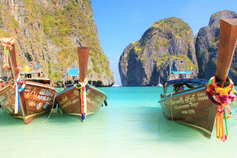 タイ旅行の絶景ビーチ!ピピレイ島、ボートで巡る観光ツアー