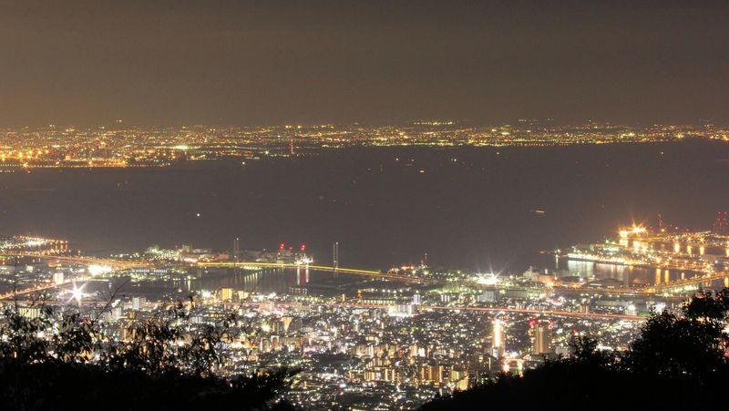 """神戸・六甲山ホテルで楽しむ!""""1000万ドルの夜景"""""""