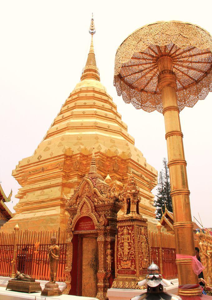 第1位 聖なる山に輝く黄金の仏塔!【ワット・プラタート・ドイ・ステープ】