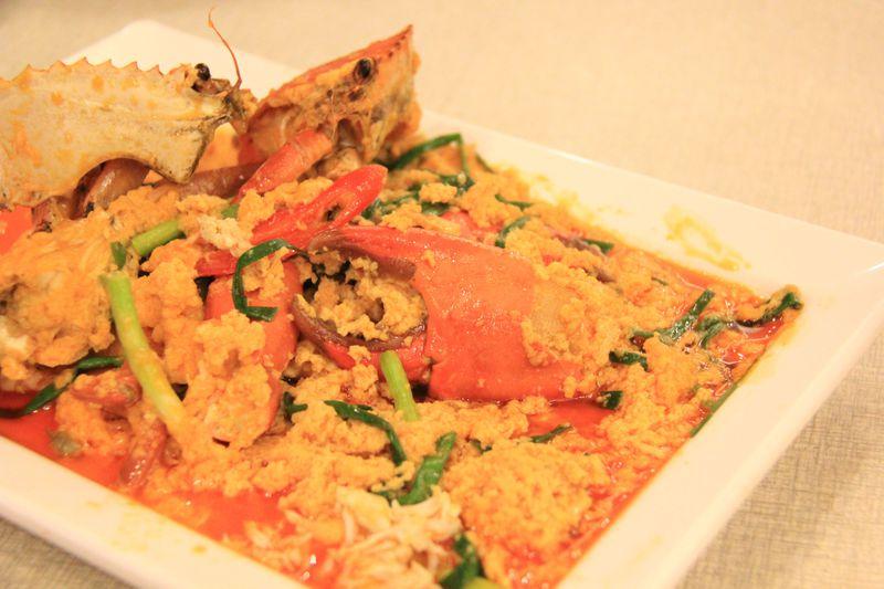 バンコク超人気レストラン「ソンブーン」で絶品のカニカレー