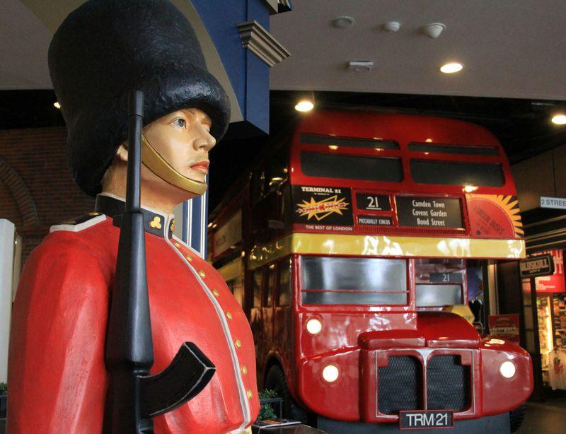 バンコクで世界一周?個性派モール「ターミナル21」の面白さ