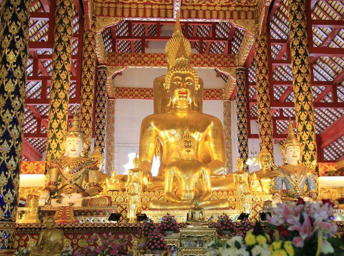 チェンマイ最大の仏さま「ワット・スアン・ドーク」
