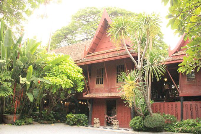 タイの伝統的な様式!バンコクでも珍しい古い豪華な邸宅