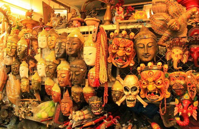 ミャンマーやラオス、さらには中国南部の民芸品も!