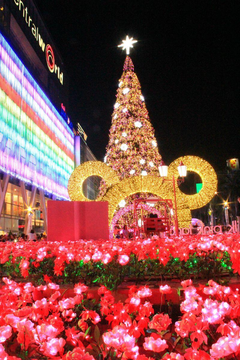 1月もクリスマス!南国楽園バンコクの夜空を彩るツリー5選