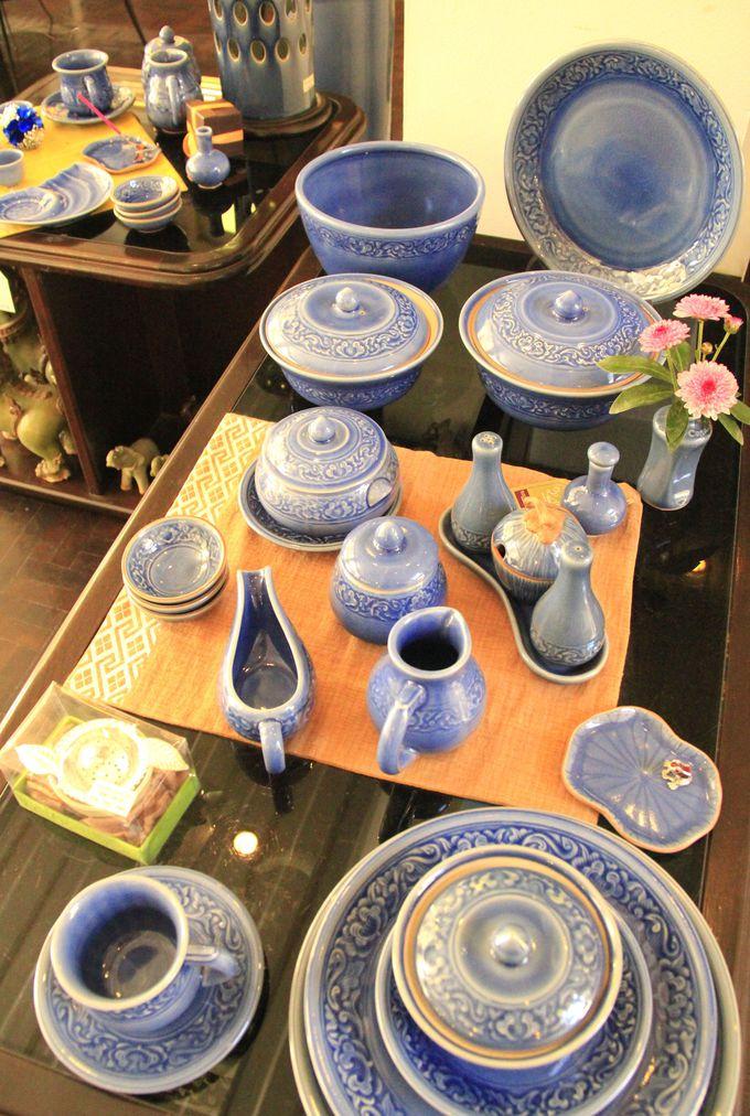 澄み切った青空のようなブルーも。食卓を楽しく彩る数々のテーブルウェア