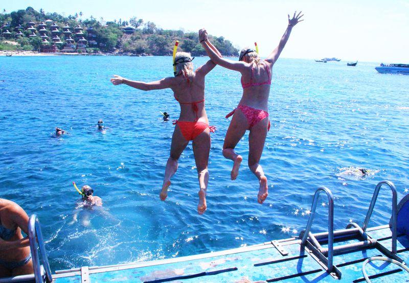 綺麗なビーチで遊び満喫!2つのコースで楽しむピピ諸島巡り