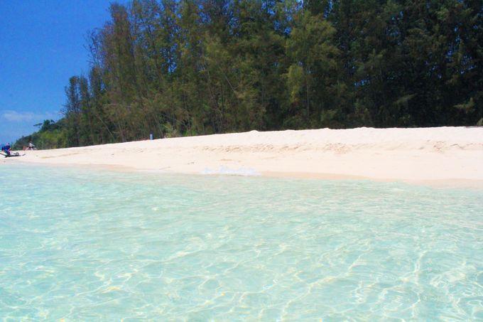 これまで見たことのない透明な海!「バンブー島」