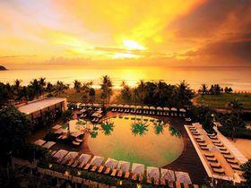 絶景ビーチとプール最高!高級ホテルで楽しむプーケット「カロン地区」