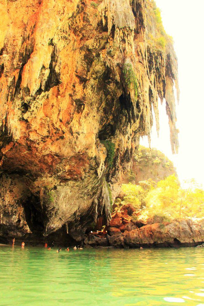 タイの「もののけ姫」に出会える!?秘密の洞窟「プラナンケーブ」