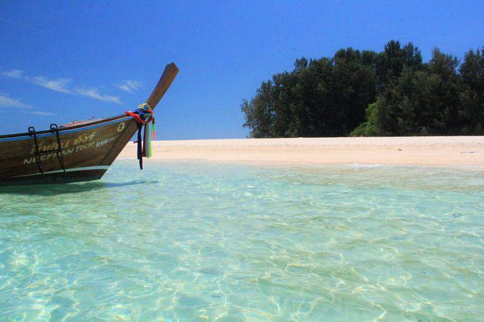透明感あふれる海のグラデーション!美しい青き水