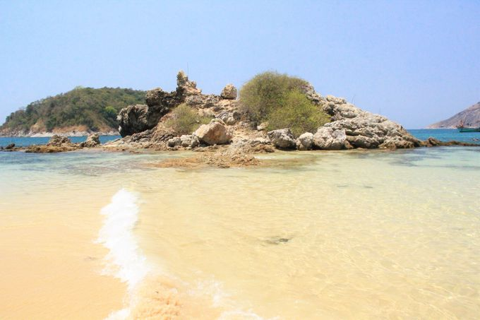透明感あふれる海!手つかずの自然!
