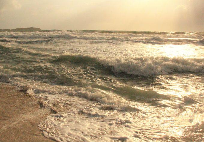 神々しい光!神秘的なサムイ島のメインビーチ「チャウエンビーチ」