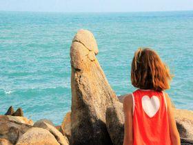 """女性観光客に大人気!サムイ島""""男性シンボル岩""""が立派すぎ"""