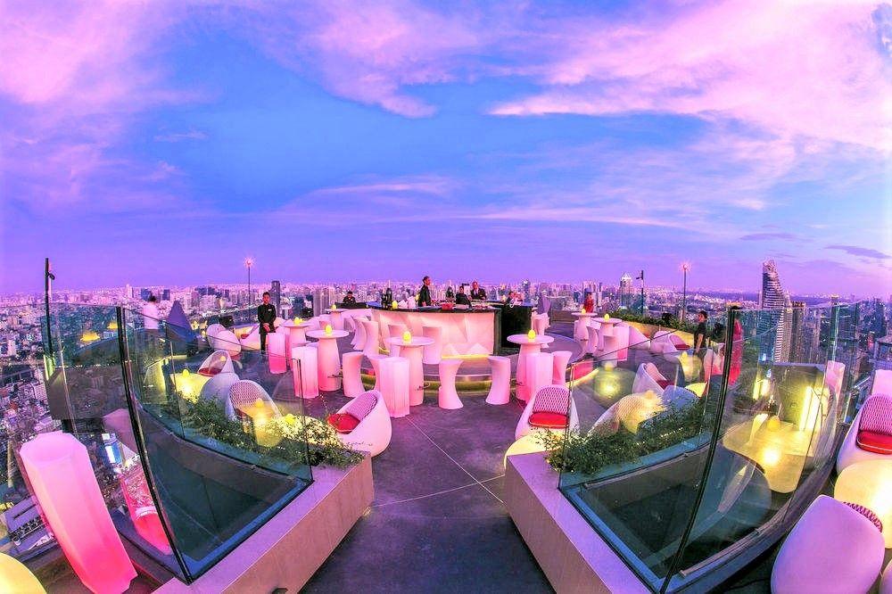 タイ・バンコク旅行でおすすめの観光スポット!穴場のルーフトップバー「レッドスカイ」(Red Sky)