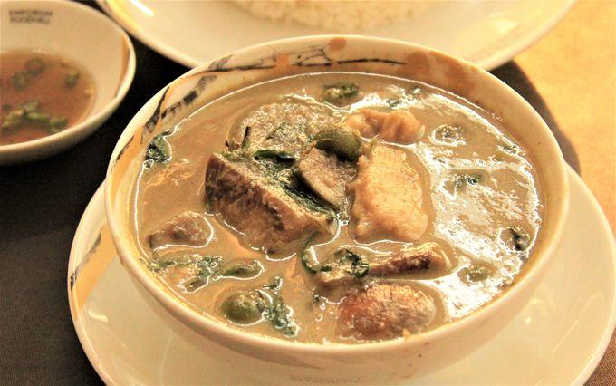 タイのカレー&スープ類「タイカレー(ゲーン)」「マッサマンカレー」「トムヤンクン」