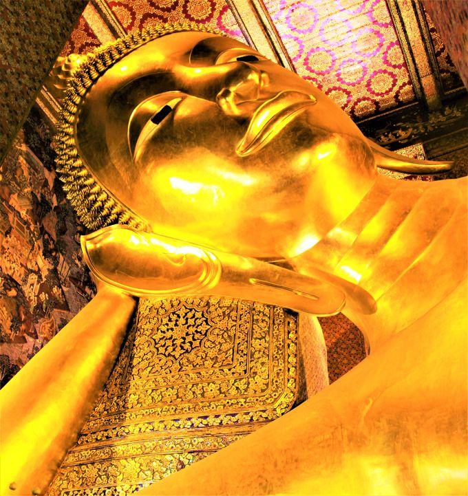 タイ観光でおすすめの定番観光スポット!バンコク三大寺院ワット・プラケオ、ワット・ポー、ワット・アルン