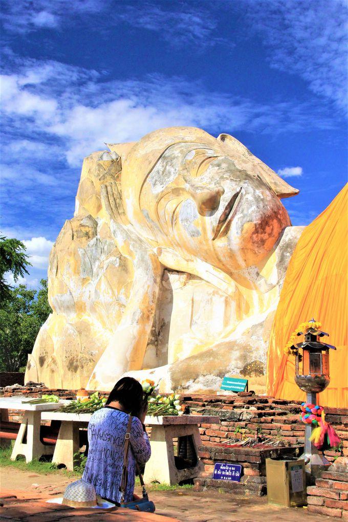 アユタヤの寺院〜ワット・プラ・マハタート、ワット・プラ・シー・サンペット、ワット・ローカヤ・スター