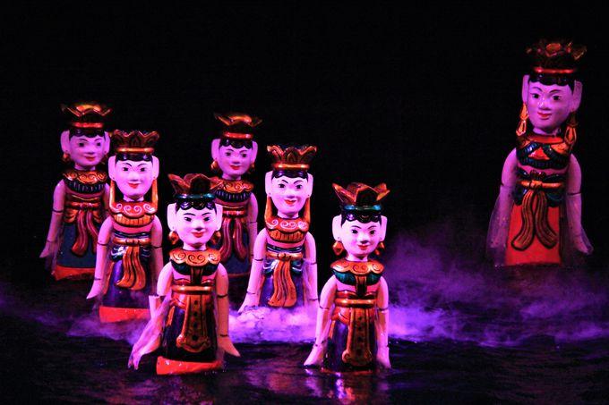 ハノイで人気のエンタメ「タンロン水上人形劇場」/学問の神様「文廟」/「女性博物館」