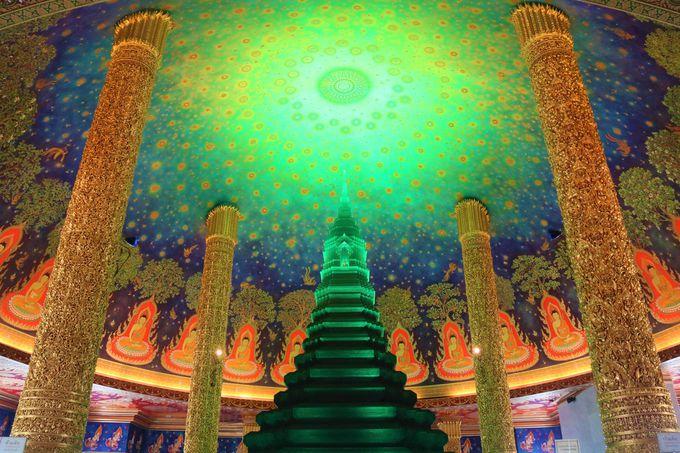 バンコクの寺院ワット・パークナムとは?アクセス・行き方