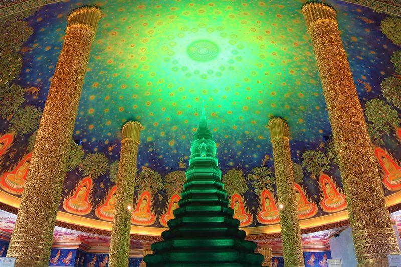 バンコクのインスタ寺院!ワット・パークナムの行き方&観光のポイント