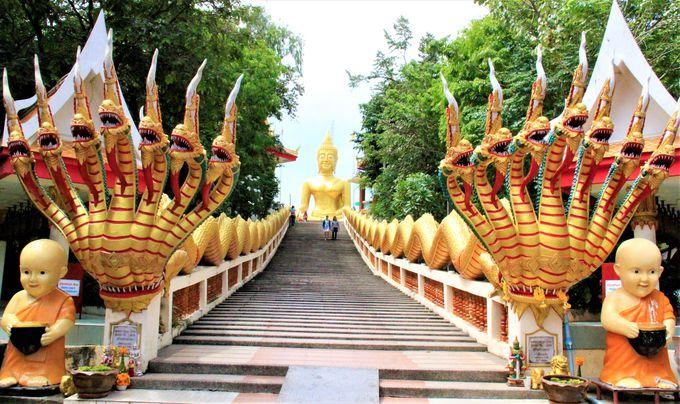 パタヤのビッグブッダ寺院「ワット・プラヤイ(Wat Phra Yai)」