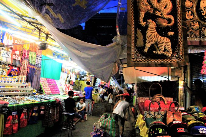 超ディープな歓楽街スポット!パッポン・ナイト・バザール(Patpong Night Bazaar)