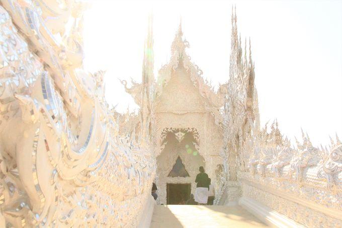 ワット・ロンクン/サンクチュアリ・オブ・トゥルース/ムーングン・コーン寺院